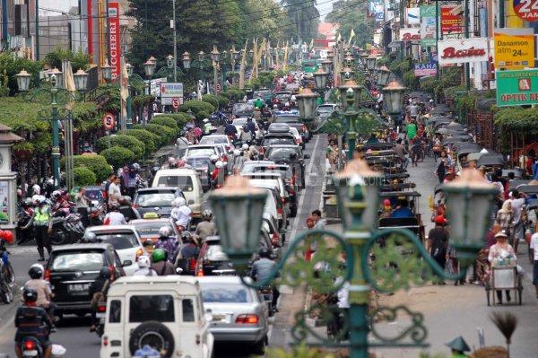 Hindari Kemacetan Ala Rental Mobil Jogja