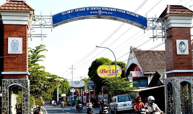 Sentra Kerajinan Perak di Kotagede, Jogja