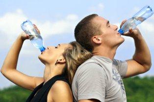 Cukup Air Selama Liburan dengan Cuaca Ekstrem