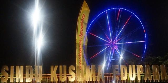 Wisata Malam di Sindu Kusuma Edupark