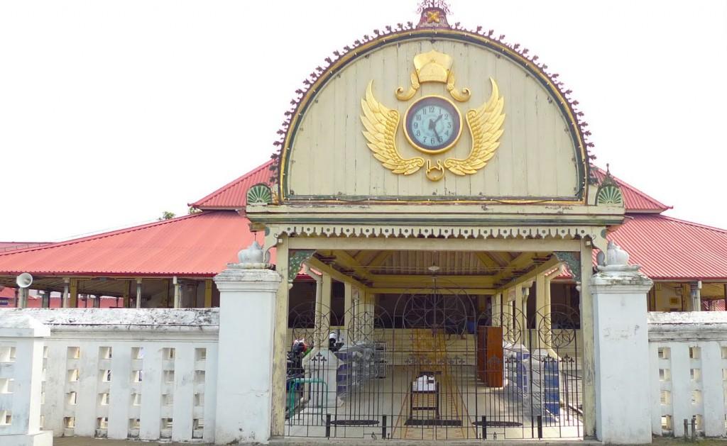 masjid-kauman